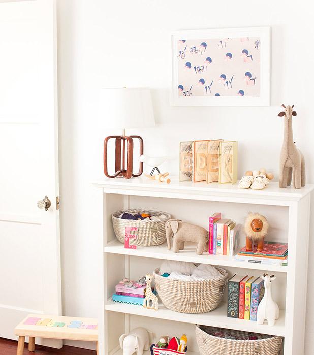 IlanaNursery-bookcase