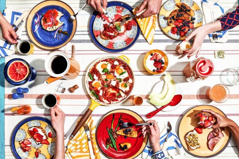 Lonny_Tabletop_Food_Hands
