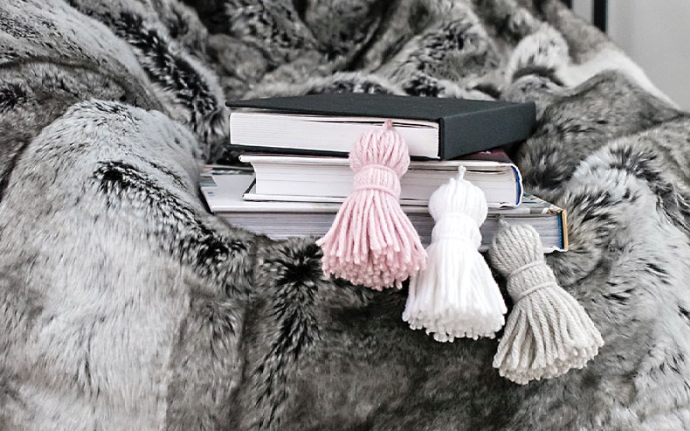Tassel-Bookmarks-DIY9