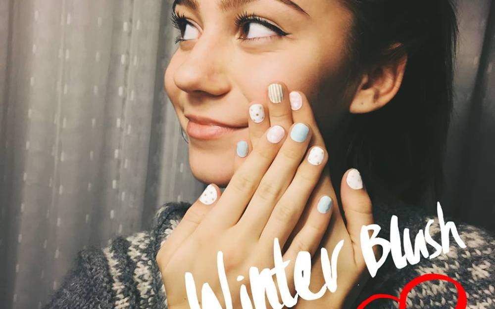 G. Hannelius Make Me Nails @ PBteen
