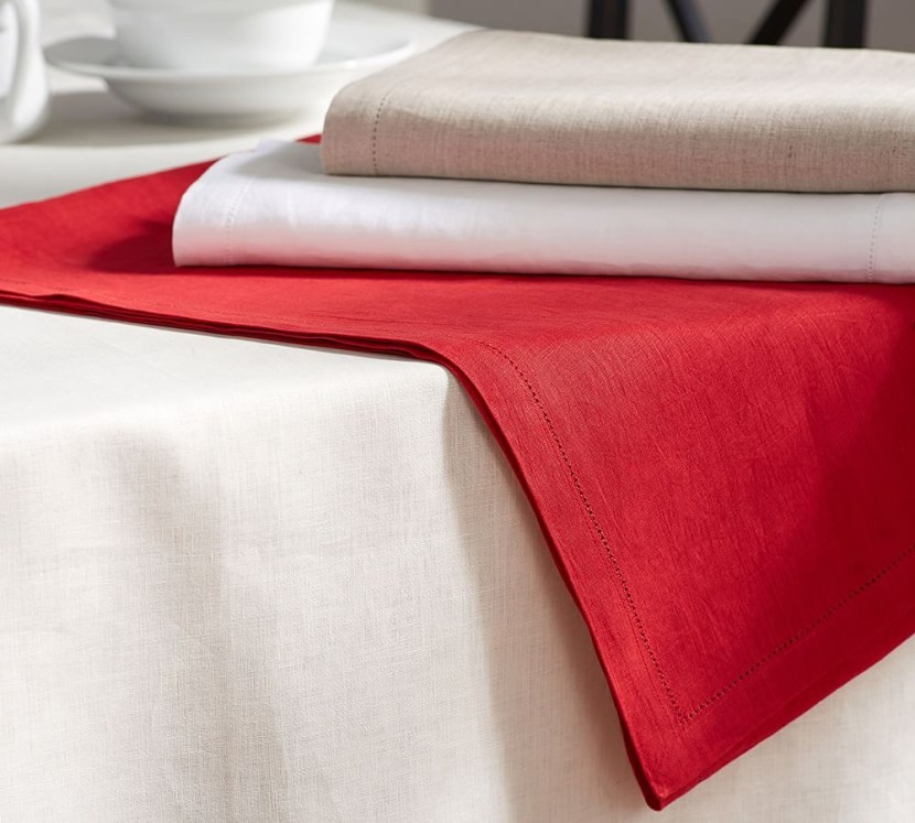 pb-classic-belgian-flax-linen-hemstitch-tablecloth-z