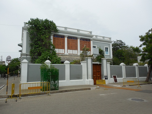 Sri-Aurobindo-Ashram-Pondicherry