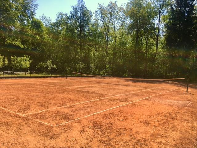 bosco campo da tennis