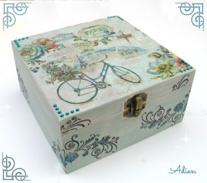 Adien Crafts - Shabby Chic Box