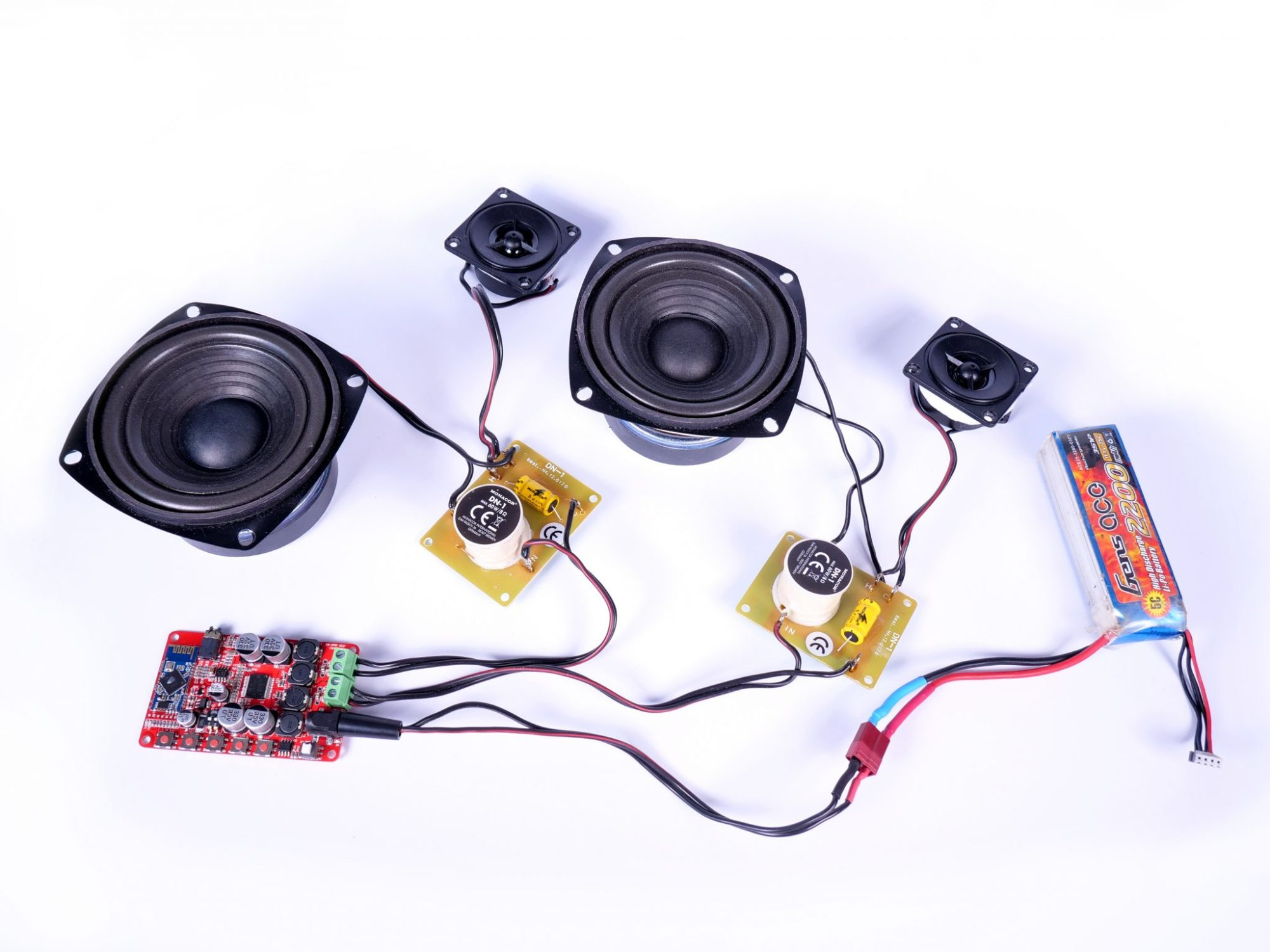 hight resolution of the amplifier and speakers can be left unused for now the instruction manual with the wiring diagram for the crossover can be downloaded here