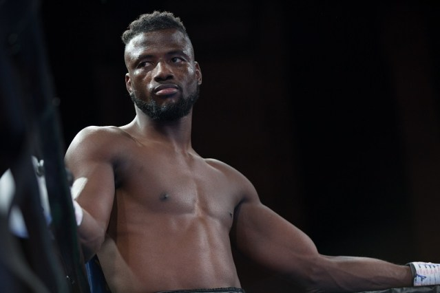 How do pro boxers recover faster for the next fight?