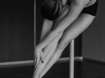 軸 姿勢 踊り
