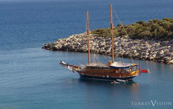 Gulet cruise via purple travel