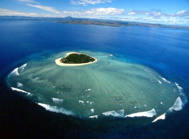 Romantic holidays on Tavarua island