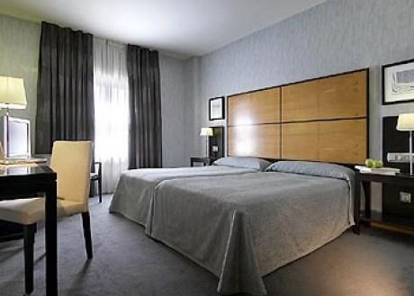 Hotel Macia Real De La Alhambra 4*, Granada