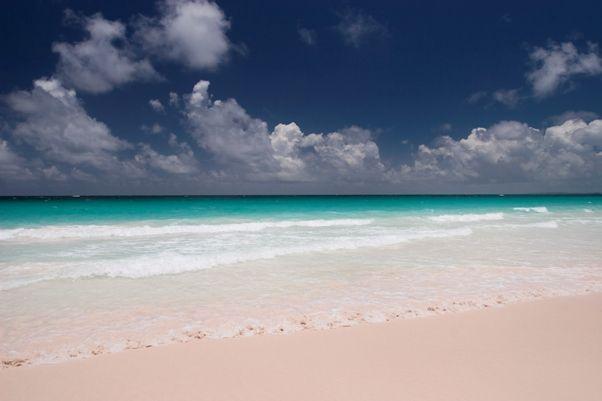 Pink Sand Beach en Caribe