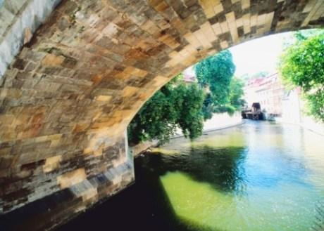 Puente en Praga