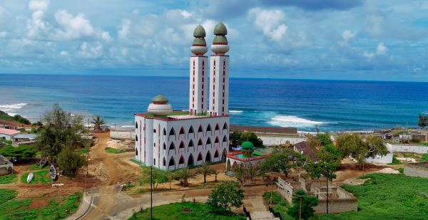 Mezquita de la Divinidad en Dakar, Senegal
