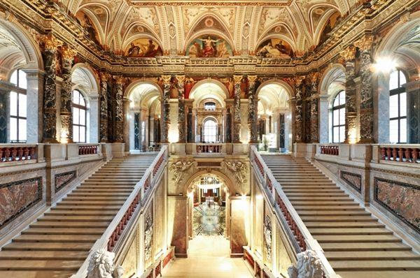 Escaleras en el Palacio Schonbrunn