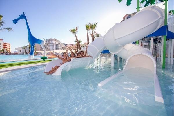 Hotel Suitopía - Sol y Mar Suites