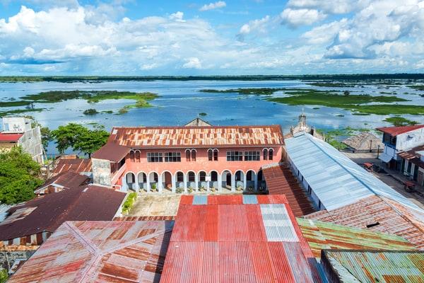 Iquitos, viajar al Amazonas