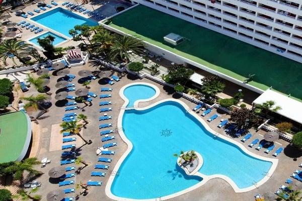 Poseidón Resort- Hoteles con toboganes en Benidorm
