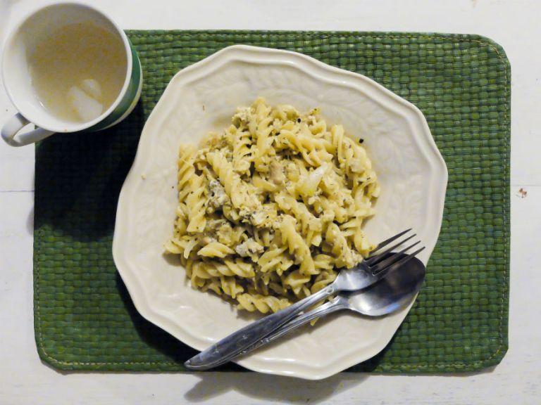 Macaroni Carbonara. Menurutku agak kurang berkuah, saus kental carbonara yang memang aku cari. Tapi rasanya cukup oke kok.