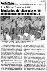 Estudiantes ejercitan educación ciudadana eligiendo alcaldes y alcaldesas. (La Noticia. Agosto de 2004)