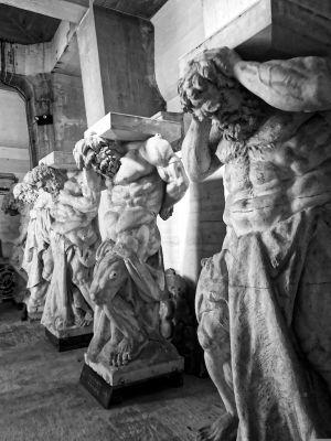 Säulenskulpturen