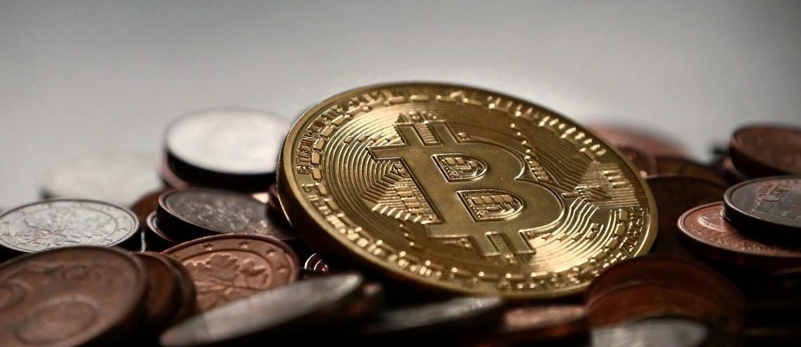 bitcoin-2007912_1920-copy