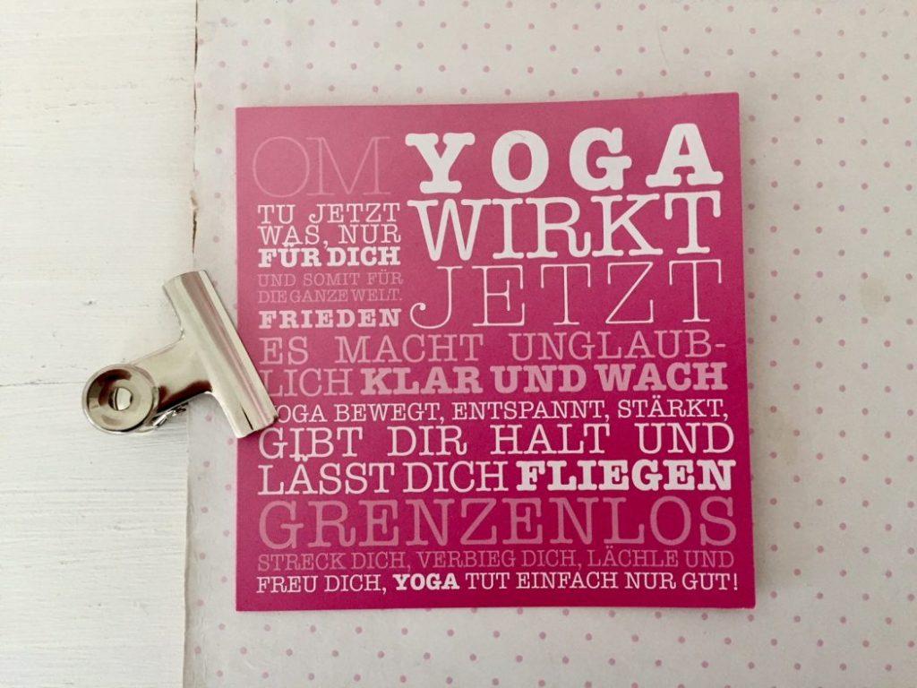 Sonntagsblatt 111! Macht Yoga Spaß?