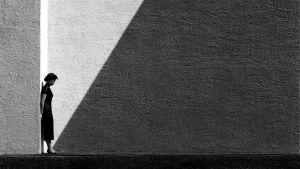 Photographer: Fan Ho - Approaching Shadows 1954
