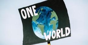 New global public goods and evils. Global climate change protest demonstration strike - No Planet B. Photo: Markus Spiske (@markusspiske). Elcano Blog