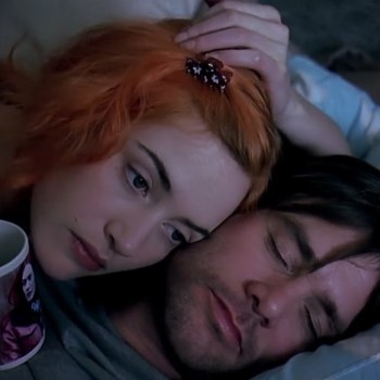 "Kate Winslet and Jim Carrey star in ""Eternal Sunshine of the Spotless Mind"""