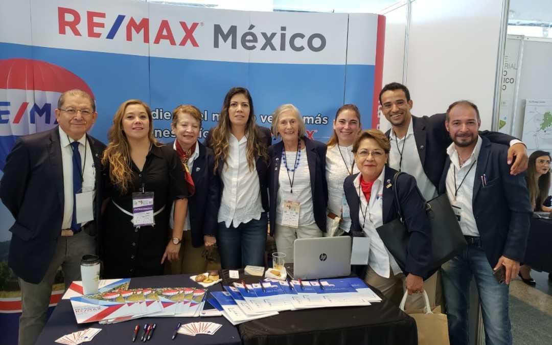 REMAX patrocinador en elXXVII Foro Inmobiliario AMPI Guadalajara