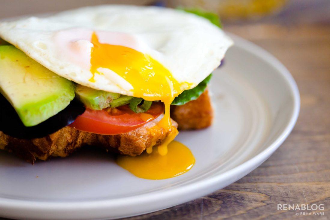Huevos fritos o estrellados