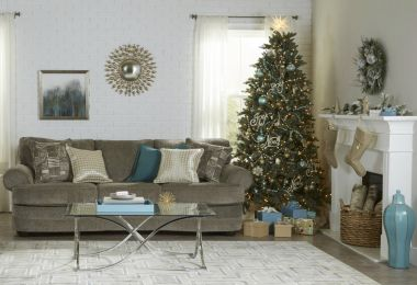 13 On-Trend Ideas for Decorating Your Home for the Holidays