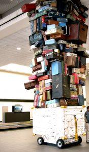 A csomagfeladásra vonatkozó szabályok légitársaságonként változnak.