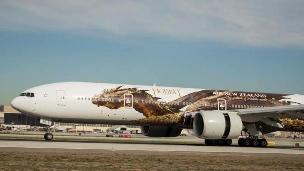 A hobbit című film sárkánya az Air New Zealand gépén
