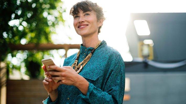 Állítsunk be SMS értesítést a bankkártyás tranzakciókról.