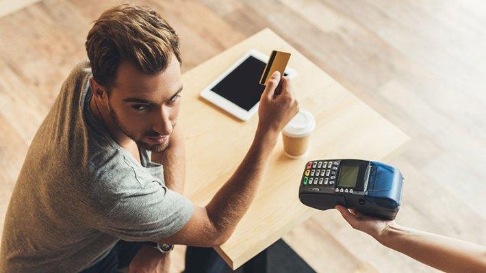 Bankkártya-használatkor legyünk körültekintőek külföldön is.