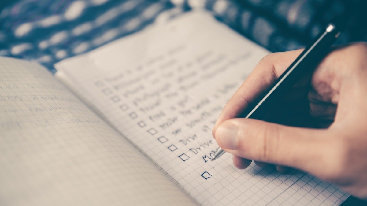 """How to Prioritize Work: 9 Practical Methods When """"Everything is Important"""""""