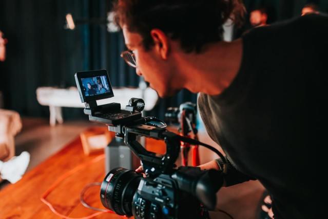錄製銷售影片創造被動收入