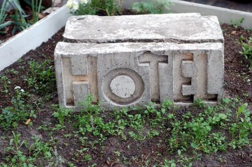 hotel sign photo