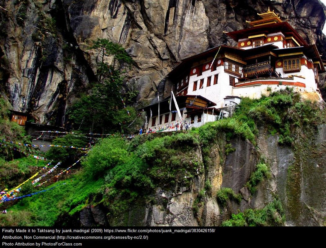 Bhutan Tour - Paro Taktsang/Tiger's Nest
