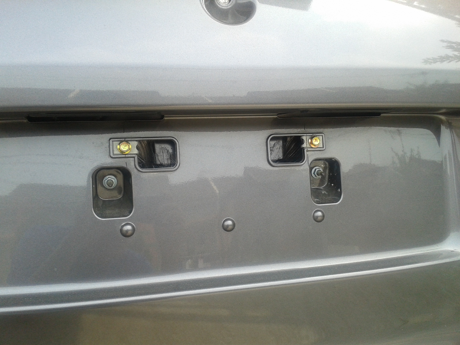 Cara Memasang Plat Nomor Mobil Cover Izy Tempat Nomer Brio Satya S Belakang