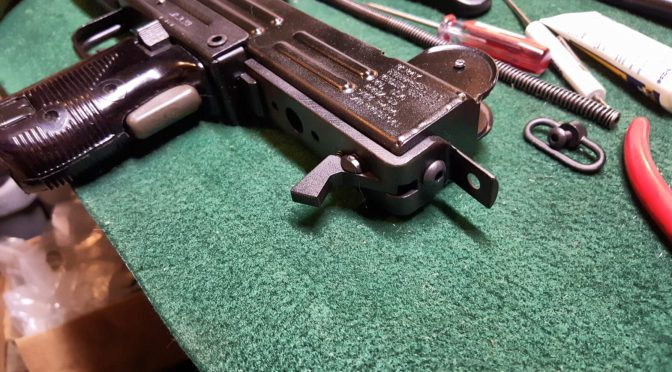 Uzi Part 3 of 7:  Preparing and Permanently Attaching the Wood Stock