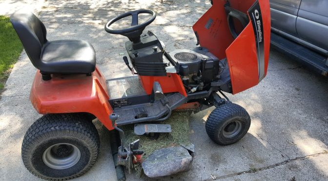 Getting the Simplicity Broadmor 16 Hydro Lawn Tractor Ready for the Season – Air and Oil Filters via Amazon