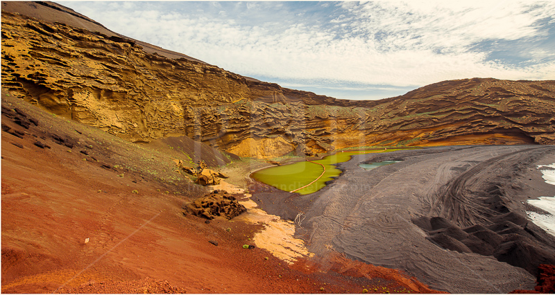 12 El golfo green lake Lanzarote, Canary Islands
