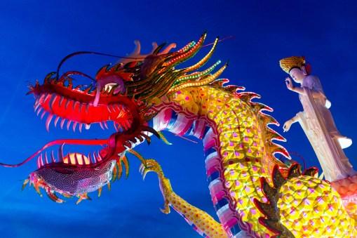 Dragon and Guan Yin ISO 6400 Seogwangsa (서광사) Temple Tongyeong, South Korea