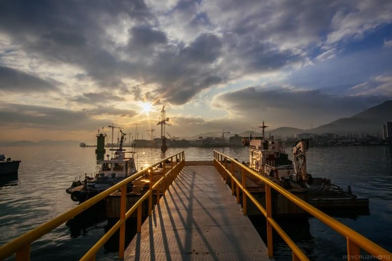Tongyeong Harbor Winter Morning-106528
