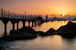 Tongyeong Lighthouse Fishing Sunrise May16-1
