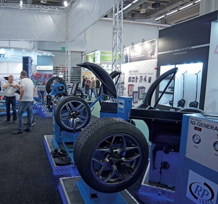 Automechanika13