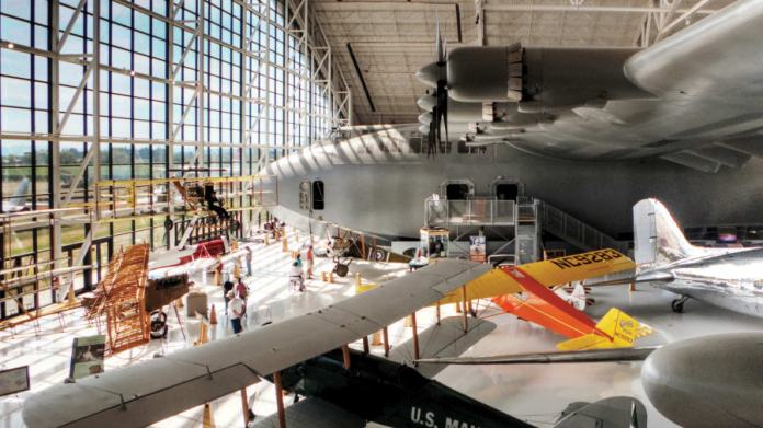 Spruce Goose in Oregon
