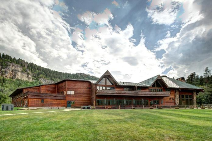 Spearfish Canyon Lodge, South Dakota